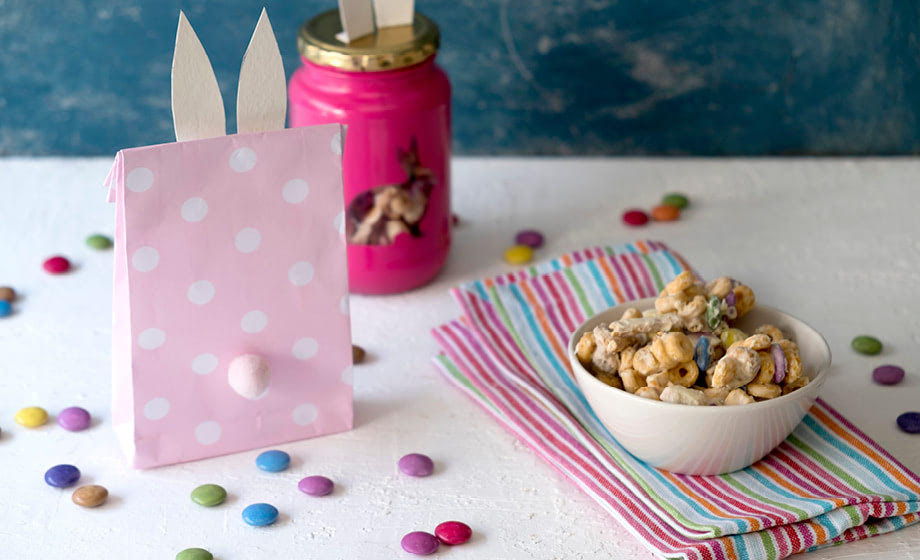 Sweet Easter treat: Make 'bunny bait' to take to school!